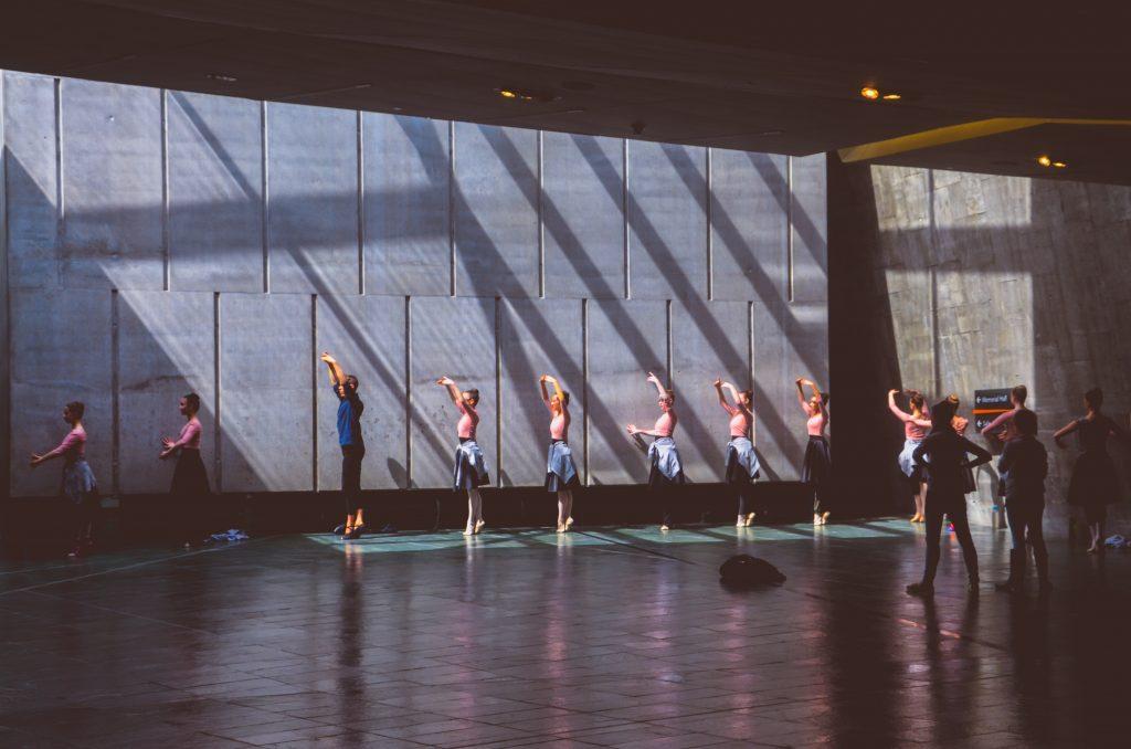 Povestea școlii tale de balet